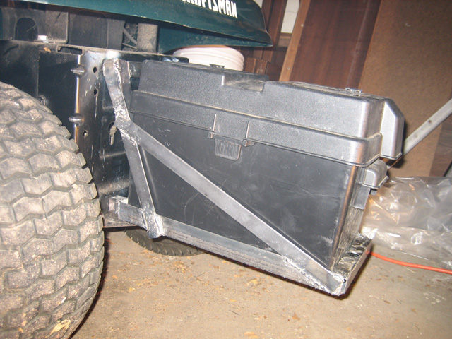 rear battery / weight rack for my LT1000 - MyTractorForum